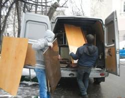vyvoz staroj mebeli2 - Демонтаж, слом стен и перегородок