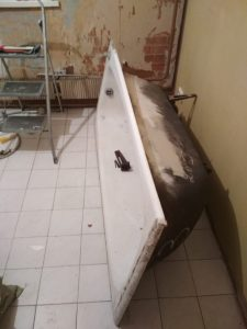 2019 02 20 18 48 19 1 1 225x300 - Вывезти ванну из квартиры