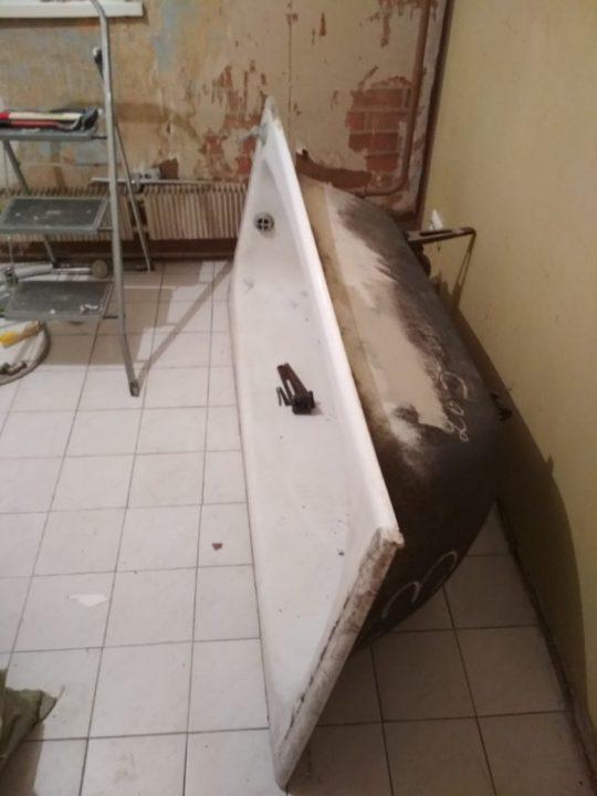 Вывезти ванну из квартиры