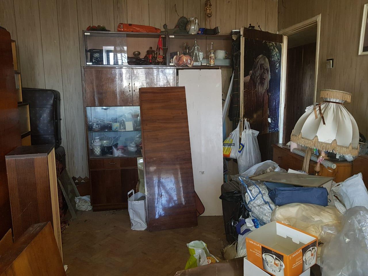 Вывезти мусор из 2 комнатной квартиры