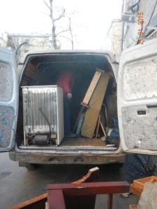 kak utiliziruem mebel2 225x300 - Вывоз мебели срочно